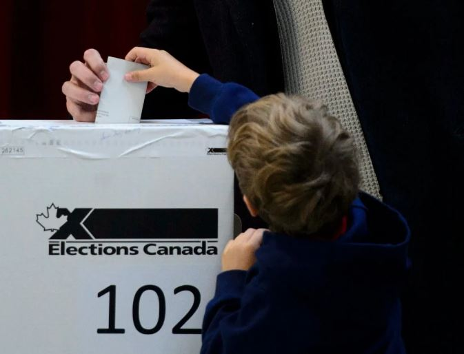 Elections Canada probing thousands of 2019 election ballots with unclear evidence of citizenship